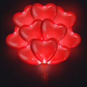 Светящиеся красные сердца