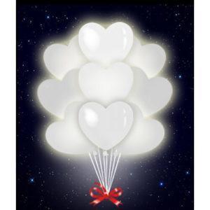 Светящиеся белые сердца